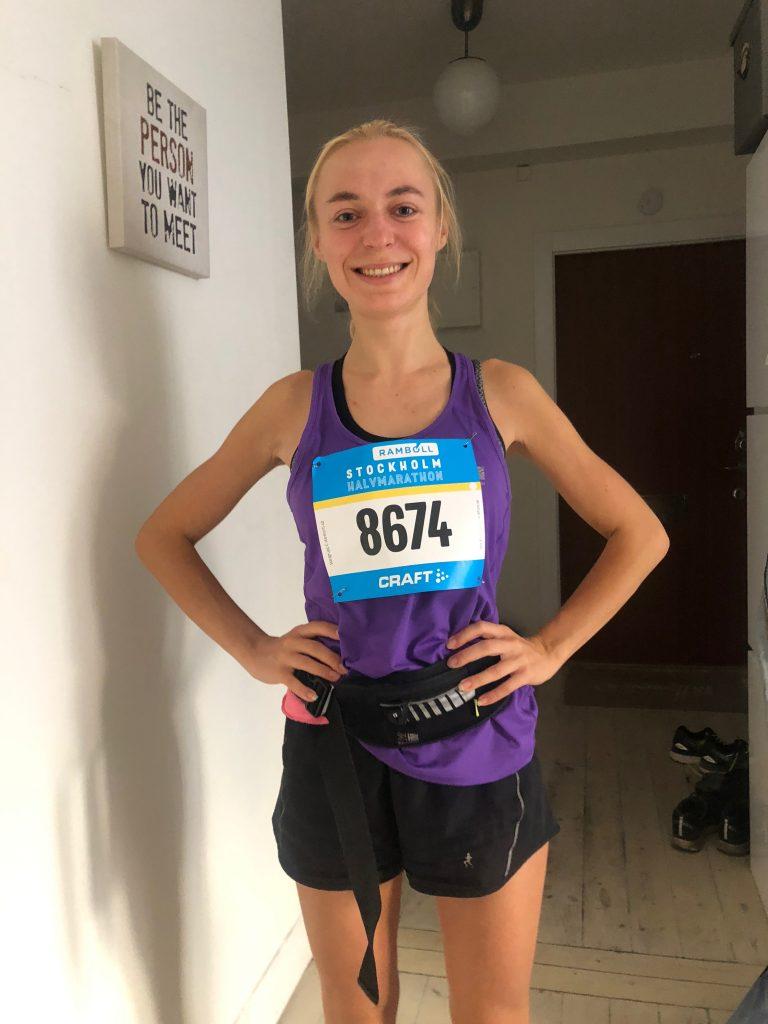 https://postfity.com/wp-content/uploads/2019/02/Emilia-Stockholm-Halfmarathon social media classes leader